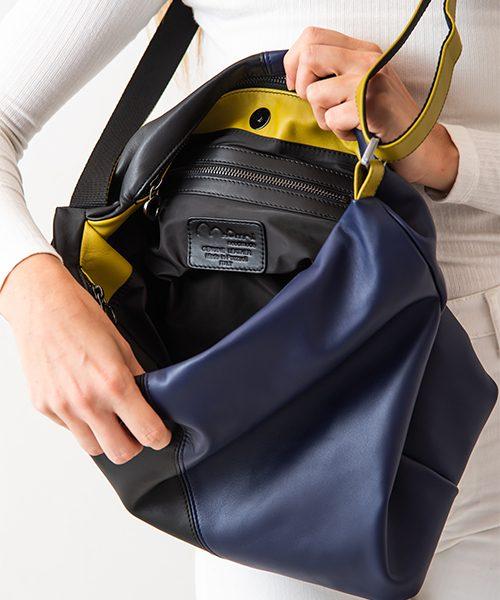 Borsa a tracolla Azy, dettaglio taschino interno con zip, in vera pelle, colore nero, blu e verde