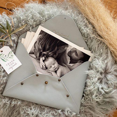 Custodia pochette in pelle per contenere fotografie, colore carta da zucchero